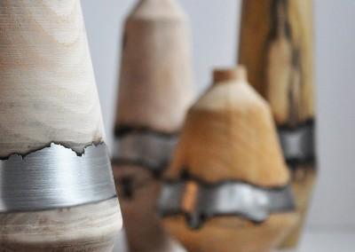 Vaso in legno e alluminio Dafne