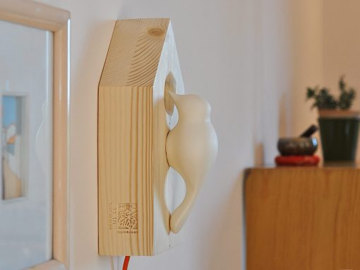 """Lampada da parete legno e porcellana """"Picchio House"""""""