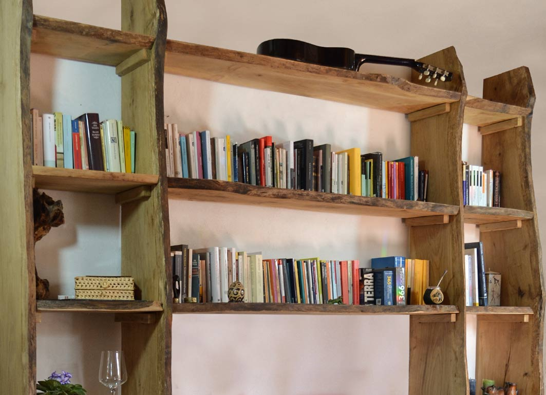 Libreria in legno naturale senzatempo livyng ecodesign for Livyng ecodesign
