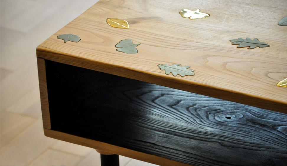 Tavolino in legno e ceramica Foliage